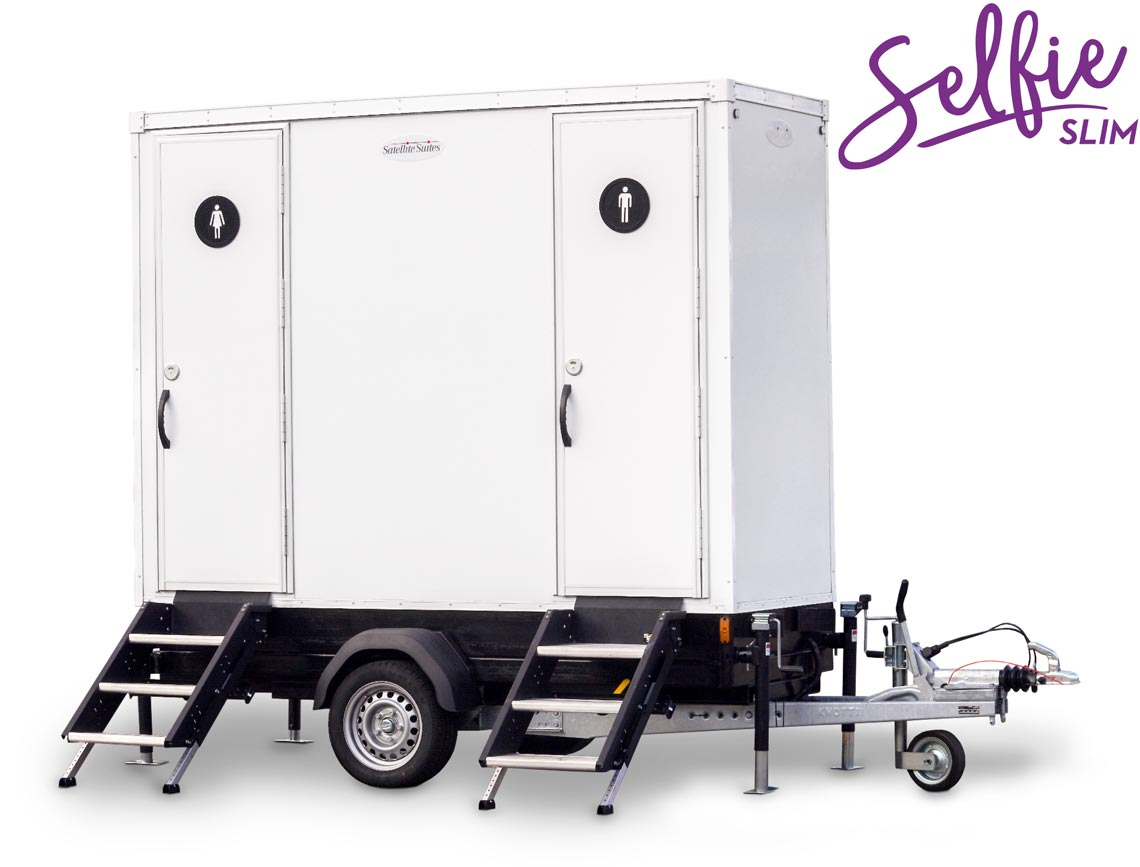 Sanitarios sobre remolque Selfie Slim - Satellite Industries